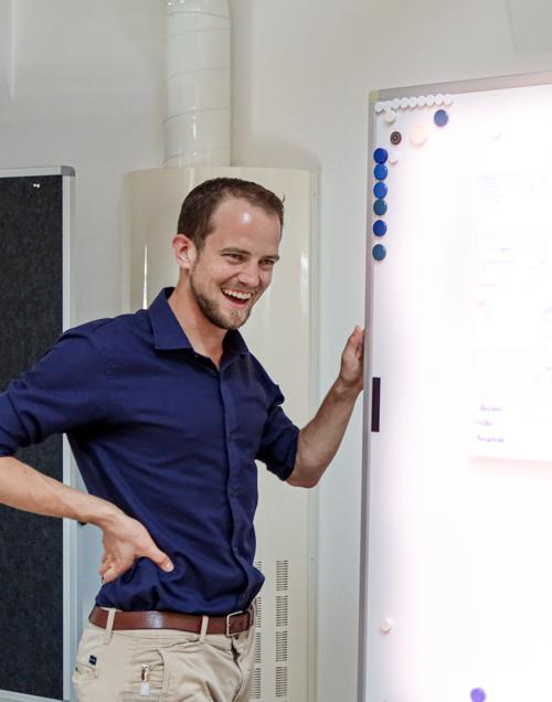 Christoph Süess präsentiert beim SAK-Workshop